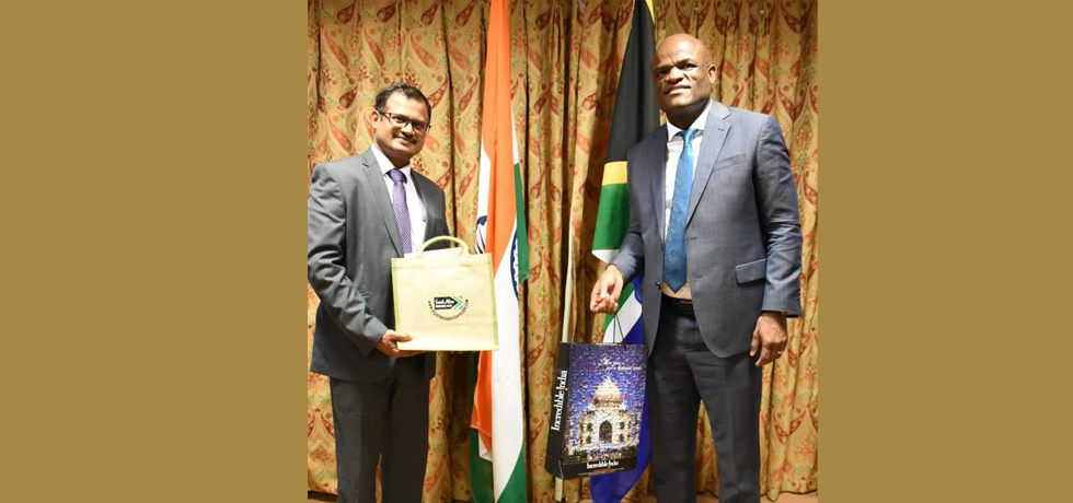Consul General met with the Hon'ble Premier of Northern Cape, Dr Zamani Saul on 28th October, 2020